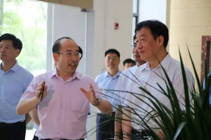 江西省省长刘奇到访东鹏丰城生产基地——东鹏洁具,民族卫浴新模范!