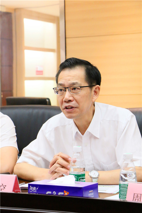 广东博德精工建材有限公司总经理助理、公共关系知识产权部总监覃空.jpg